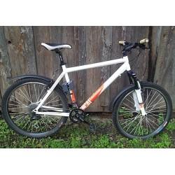 """Iznomā kalna velosipēdu """"Commencal"""""""
