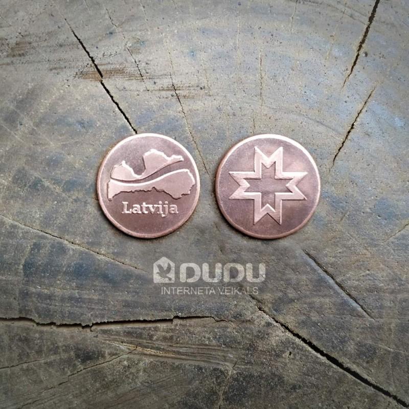 """Kalta vara monēta """"Latvija / Latvju zīme Auseklis"""""""