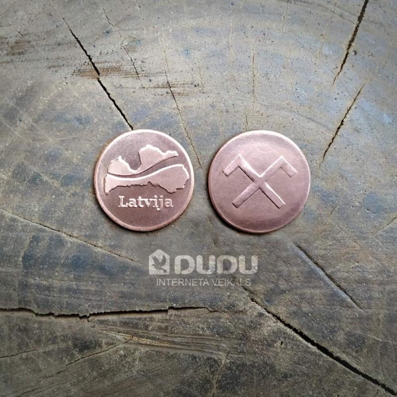 """Kalta vara monēta """"Latvija / Latvju zīme Jumis"""""""
